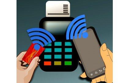 Bezhotovostní nebo hotovostní půjčka